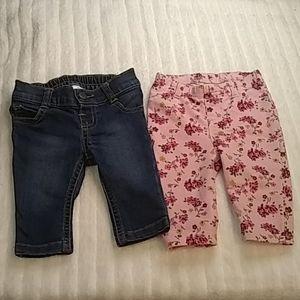 3/$15 Bundle of 2 pants size 0-3 months.